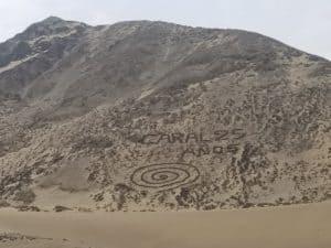 Géoglyphe en spirale pour les 25 ans de Caral