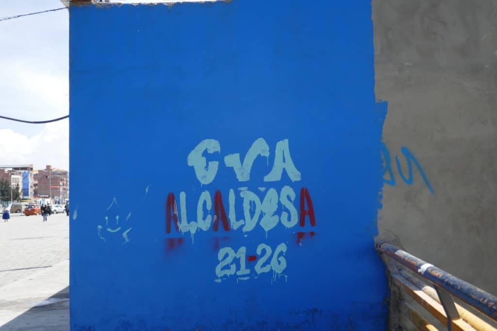 Graffiti pour Eva Copa à El Alto en Bolivie