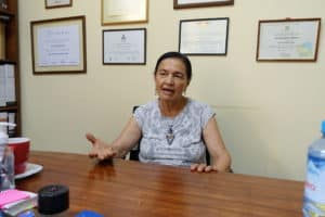 Dr Ruth Shady Soli dans aon bureau