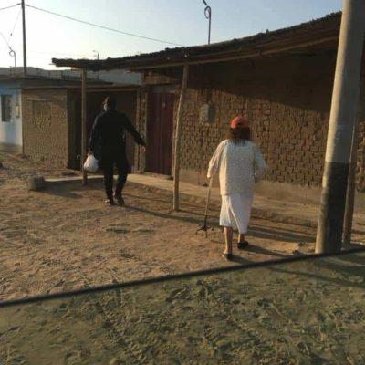 Coronavirus au Pérou : « Je me vois contrainte de dire non à des Péruviens qui me demandent à manger», une dure réalité de la solidarité