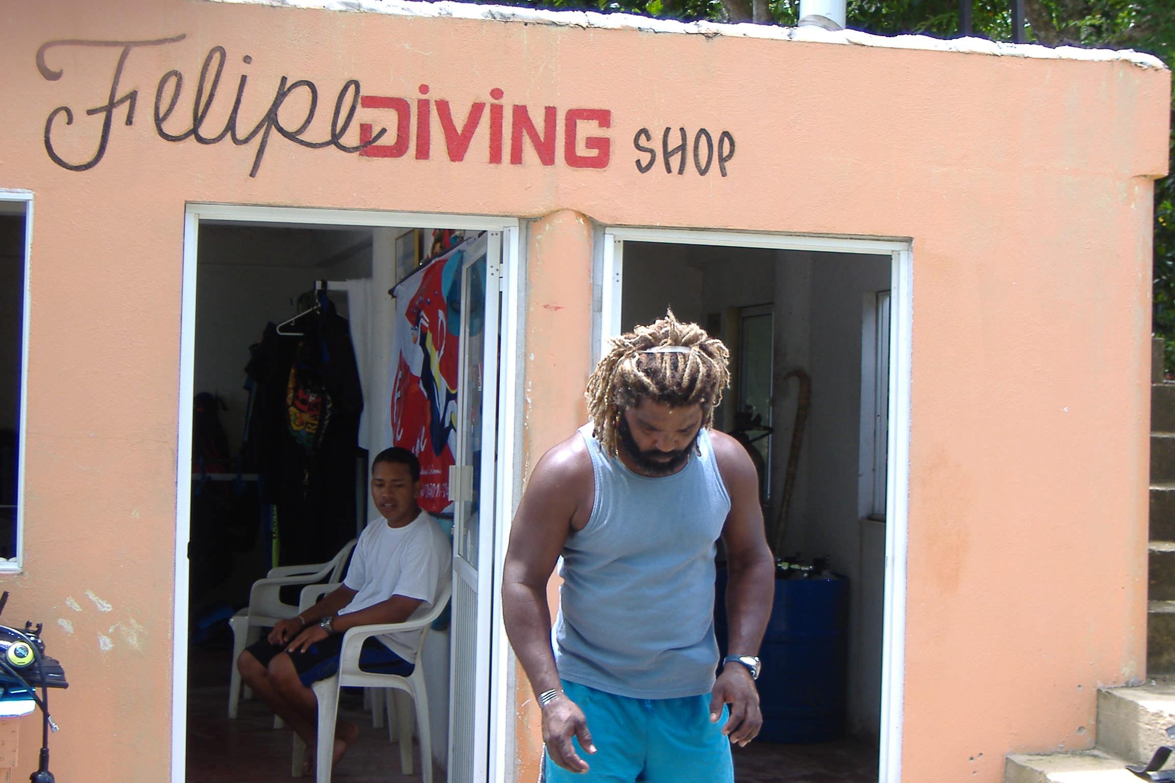 felipe-diving_providencia